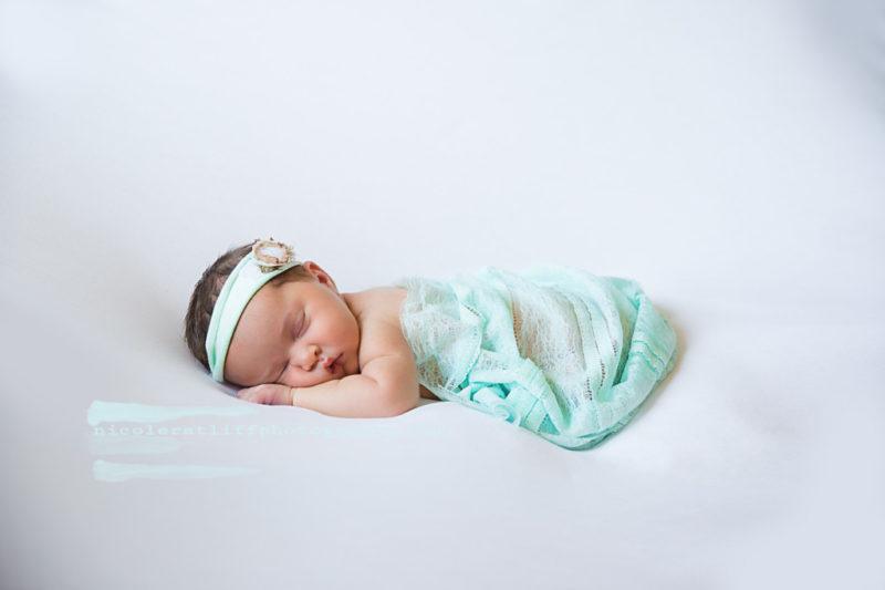 brookings gold beach oregon newborn photographer